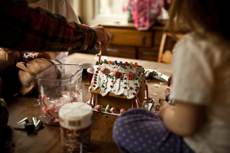 Gingerbread House SHILOH PHOTOGRAPHY 5
