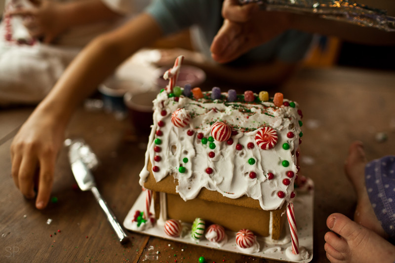 Gingerbread House SHILOH PHOTOGRAPHY 6