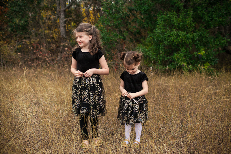 Shiloh Photography || Sisters 12.12.2